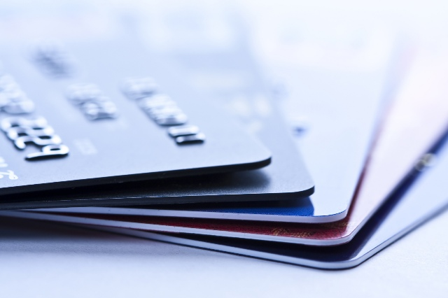 How to avoid credit cards